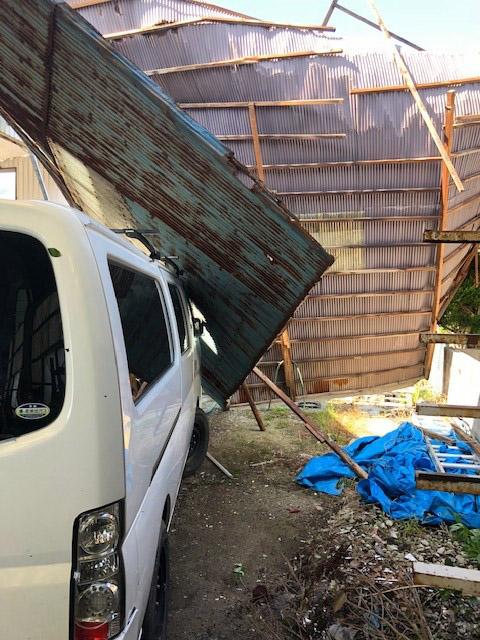 台風被害 倉庫屋根